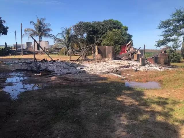 sem terra em Chupinguaia