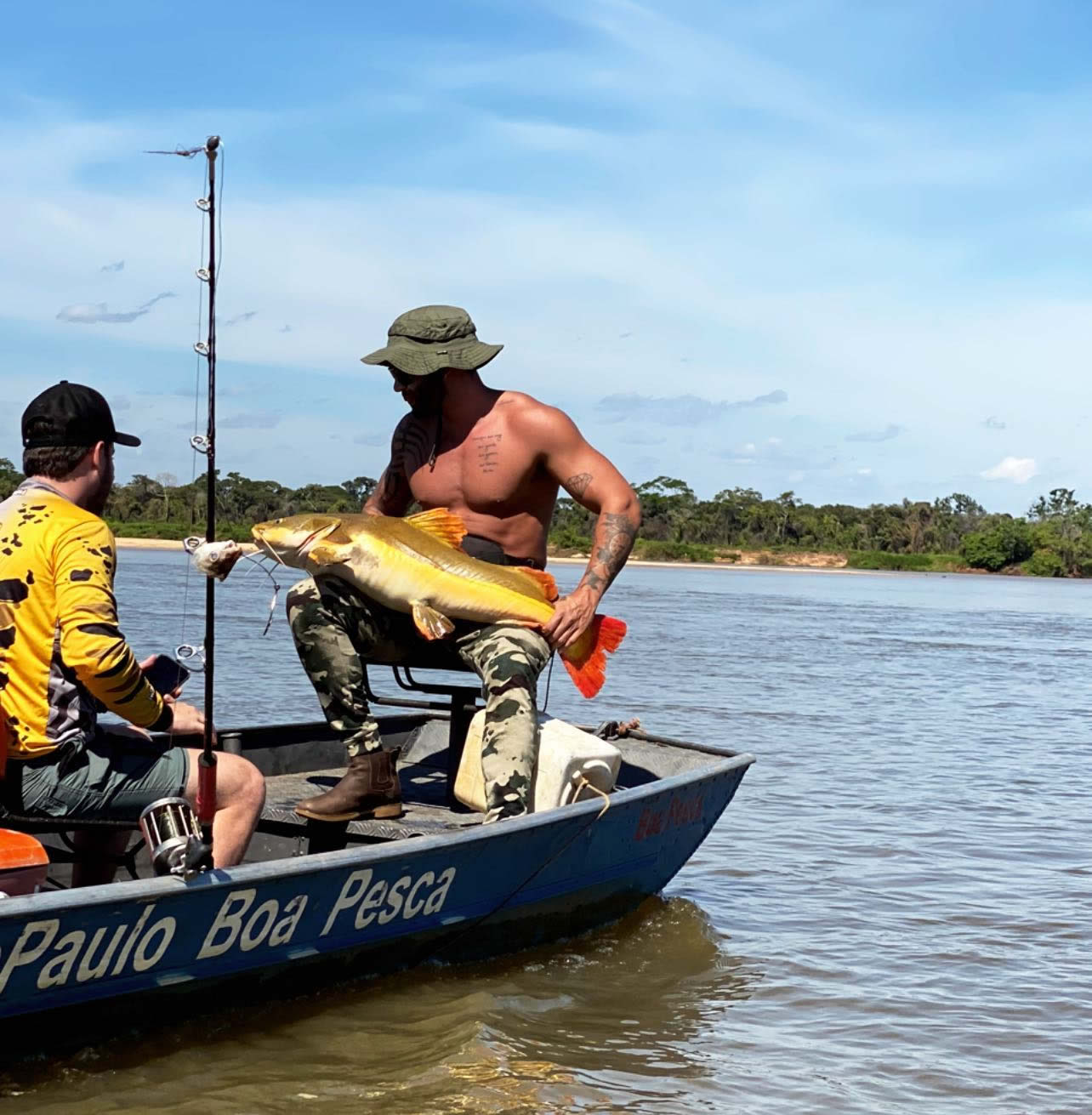 Gusttavo Lima pesca pirarara de 30kg 1